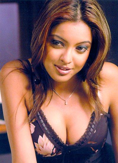 Tanushree Dutta Bollywood sexy actress
