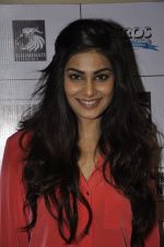 Pooja Gupta at Go Goa Gone promotions at MOD in Bandra, Mumbai on 7th May 2013 (64).JPG