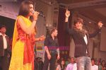 Shahrukh Khan thanking his fans in Atlantic City, New Jersey. Courtesy- INDIA ANI (4).jpg