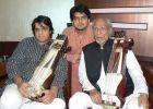 Padam-Bhushan-Ustad-Sabri-Khan-with-his-son-Kamal-Sabri-and-grand-son-Suhail-Yusuf.jpg