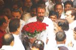 Sanjay Dutt Returns Home (1).jpg