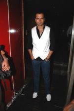 Rohit Roy at Channel V celebrates success of India_s Hottest.jpg