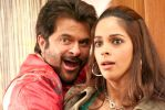 Anil Kapoor, Mallika Sherawat in Welcome (2).jpg