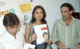 Rajpal Yadav, Tanushree Datta, Haris Imtiyaz Khan at the painting exhibition by 9 yr old Haris Imtiyaz Khan (2).jpg