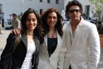 Shraddha, Shweta and Yash Pandit at Subhash Ghai_s birthday bash and music launch of film Black And White.JPG