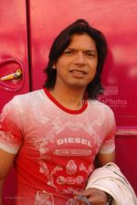 Shaan at Race music launch on the sets of Amul Star Voice Chotte Ustaad in Film City on Feb 4th 2008 (58).jpg