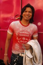 Shaan at Race music launch on the sets of Amul Star Voice Chotte Ustaad in Film City on Feb 4th 2008 (59).jpg