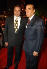 Dharmendra at the MAX Stardust Awards 2008 on 27th Jan 2008 (24).jpg