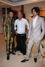 at Narendra Kumar_s collection showing at Aza Men on Feb 12th 2008 (5).JPG