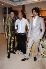 at Narendra Kumar_s collection showing at Aza Men on Feb 12th 2008 (6).JPG