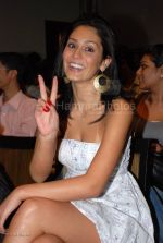 at India_s first live Bolywood flick launch by Channel V at Joss, kalaghoda on Feb 21st 2008 (23).jpg