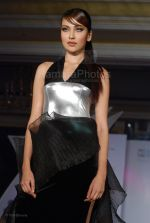 at Wendell Rodrigues Fashion Show for Mercedes Trophy 2007 at ITC Grand Central Sheraton on 24th feb 2008(26).jpg