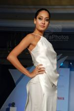 at Wendell Rodrigues Fashion Show for Mercedes Trophy 2007 at ITC Grand Central Sheraton on 24th feb 2008(56).jpg