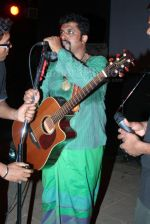 Raghu Dixit at the music launch of Raghu Dixit_s album in Bandra on Feb 26th 2008 (17).jpg