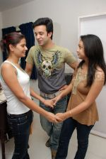 Aamir Ali and Kruttika at Abigail_s Surprise B_Day Party on 27 Feb 2008 (14).jpg