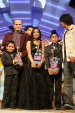 Anamika Chaudhary, Rohanpreet Singh, Tanmay Chaturvedi, Suresh Wadkar, Sonu Nigam at the finals of Lil Champs on 1st March 2008 (3).jpg
