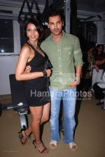 John Abraham, Bipasha Basu at the launch of WATSON FITNESS in Khar Danda on March 13th 2008(2).jpg
