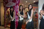 Femina Miss India contestants promote Liberty footwear in Inorbit Mall on March 27th 2008(36).jpg