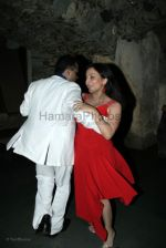 Nitin Bali with wife at Indraneil Sengupta and Barkha Bisht_s wedding bash in Kino_s cottage on March 30th 2008(4).jpg