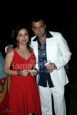 Nitin Bali with wife at Indraneil Sengupta and Barkha Bisht_s wedding bash in Kino_s cottage on March 30th 2008(63).jpg