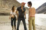 Wallpaper featuring Kareena Kapoor, Akshay Kumar, Saif Ali Khan in Tashan (18).jpg