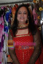 at Maheka Mirpuri_s Spring Summer sale in Prabhadevi on April 9th 2008 (55).jpg