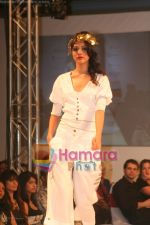 Model walks on the ramp for Neeta Lullas fashion show presented by Gitanjali in ITC Parel on April 12th 2008 (9).jpg