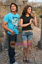Sahil Khan and Tanushree Dutta on the sets of Movie Rama - The Saviour in Filmcity Studio, Goregaon, Mumbai on April 25th 2008 (18).jpg