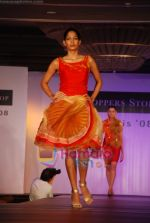 at Shoppers Stop Chyrsalis show in Leela Hotel on April 26th 2008 (21).JPG