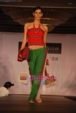 at Shoppers Stop Chyrsalis show in Leela Hotel on April 26th 2008 (22).JPG