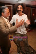 Ketan Mehta, Makrand Deshpande at the Launch of Rang Rasiya - Colours of Passion first look in Taj Land_s End on April 29th 2008(8).JPG