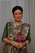 Kishori Shahane at Waqt Batayega Kaun Apna Kaun Paraya Press Conference in Sony.JPG