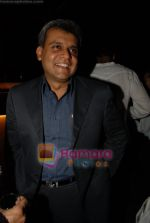 Basab Paul at Shefali Shah_s bash in   Vie Lounge on May 7th 2008(5).JPG