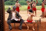 Amitabh Bachchan, Aman Siddiqui in Bhoothnath.jpg