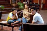 Shahrukh Khan, Juhi Chawla, Aman Siddiqui in Bhoothnath.jpg