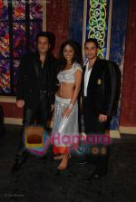 Fardeen Khan, Mahek Chahal, Kunal Khemu at Jai Veeru on location in Filmcity on May 10th 2008(5).jpg