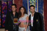 Fardeen Khan, Mahek Chahal, Kunal Khemu at Jai Veeru on location in Filmcity on May 10th 2008(9).jpg