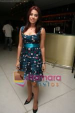 Sriti Jha at  Saurabh Pande_s bash in D Ultimate Club on May 12th 2008(2).JPG