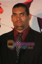 Great Khali at the film Khusti bash in Sun N Sand on May 16th 2008(3).JPG