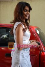 Genelia Dsouza at the Music Launch of Jaane Tu Ya Jaane Na in Shammi Kapoor_s residence on May 20th 2008(1).JPG