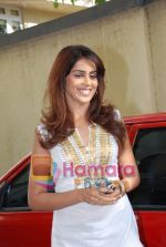 Genelia Dsouza at the Music Launch of Jaane Tu Ya Jaane Na in Shammi Kapoor_s residence on May 20th 2008(5).JPG