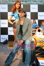 Kunal Khemu promotes Pepe Jeans at F1 event in Phoenix Mills on May 24th 2008 (15).JPG