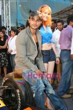 Kunal Khemu promotes Pepe Jeans at F1 event in Phoenix Mills on May 24th 2008 (23).JPG