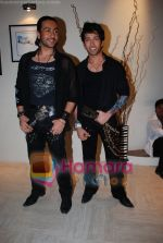 Nakuul Mehta, Adhyayan Suman at Haal E Dill song picturisation in Filmistan on May 25th 2008(2).JPG