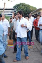 Mahesh Manjrekar at Jhamu Sugandh funeral in Parle, Mumbai on May 26th 2008(7).JPG