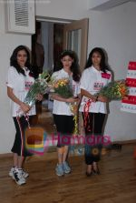 at Femina Miss India in Paassion Yoga Centre, Breach Candy on May 28th 2008(16).JPG