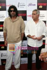 Sikander Kher, Hansal Mehta at Woodstock Villa for Make a Wish screening in Cinemax on May 30th 2008(43).JPG