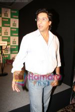 Wasim Akram at Castrol event in Taj on June 5th 2008(1).JPG