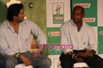 Wasim Akram at Castrol event in Taj on June 5th 2008(3).JPG