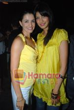 Helen Brodie with Fleur Xavier at Reshma Bombaywala_s bday bash in Magic on June 8th 2008(19).JPG